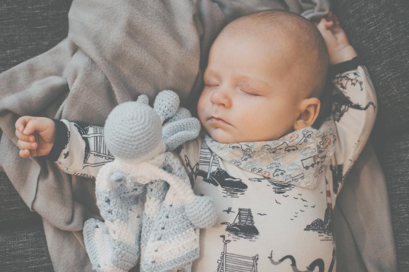 Kuva nukkuvasta vauvasta